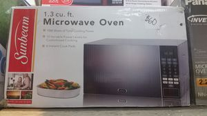 Sunbeam 1.3 cu ft microwave for Sale in NC, US