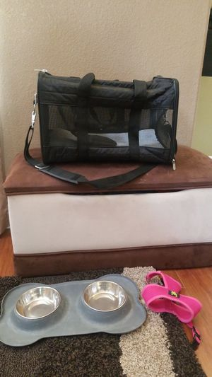 Puppy carrier, bowl and leash for Sale in Henderson, NV