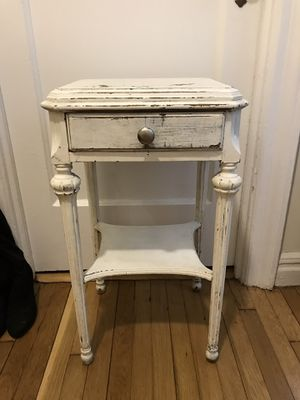 Shabby chic distressed white side table for Sale in New York, NY