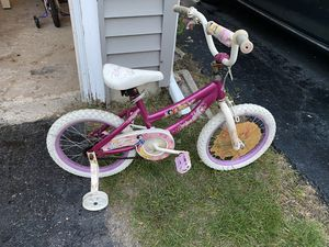 16 inch pink kids bike with training wheels for Sale in Aurora, IL