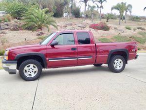 2005 Chevy Silverado 4WD for Sale in San Diego, CA