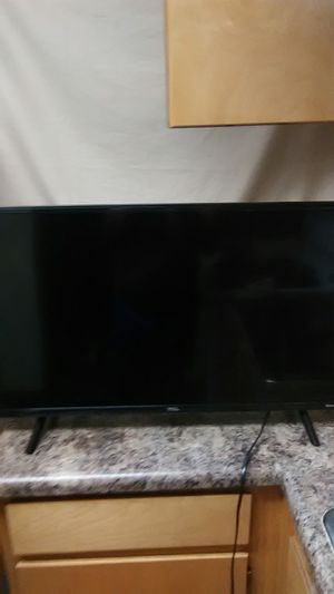 """32"""" TCL ROKU TV for Sale in Dothan, AL"""