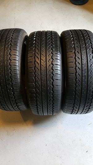 Ecsta in good condition 3 tires 205 55 16 good tread for Sale in NEW PRT RCHY, FL