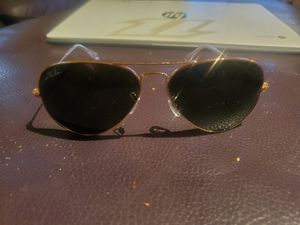 RAYBAN SUNGLASSES for Sale in Gulfport, FL