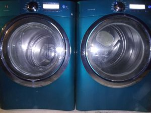 SET. ELECTROLUX. WASHER AND ELECTRIC DRYER. WORKS GOOD CONDITION for Sale in Phoenix, AZ