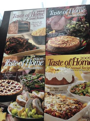 Taste of home annual cookbook 2006-2009 for Sale in Kissimmee, FL