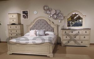 4PC IVORY SET 4PC QUEEN BED DRESSER MIRROR AND NIGHTSTAND/NO MATTRESS INCLUDED for Sale in Culver City, CA