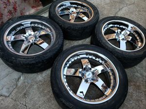 20inch Damani Chrome rims 5x115 charger CHRYSLER 300c for Sale in Houston, TX