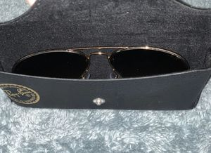 RayBans Aviator Gold for Sale in Gautier, MS