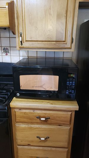 GE Microwave for Sale in Escondido, CA