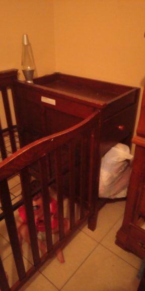 Baby crib for Sale in Sebring, FL