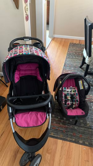 stroller with baby carrier, good condition for Sale in Gardena, CA
