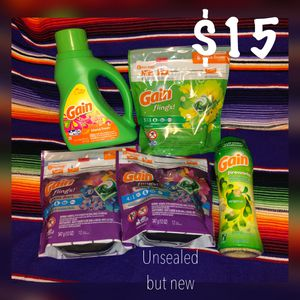 Gain flings laundry bundle & Scentsy bars for Sale in Las Cruces, NM