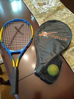 """X Treme Tennis Racket Intellifiber 5"""" Leather Grip with Cover for Sale in Germantown,  MD"""