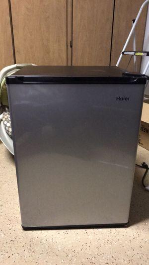 Mini fridge for Sale in Phoenix, AZ