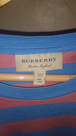 Burberry Stripped 🔥 for Sale in Ontario, CA