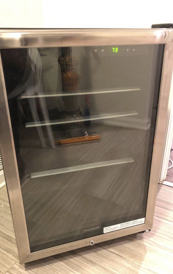 Frigidaire can cooler fridge stainless steel