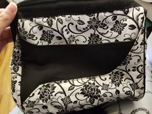 Brand new insulated lunch bag for women with cooler for Sale in Alexandria, VA