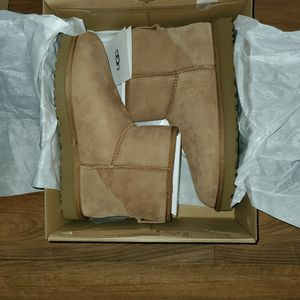 Ugg Boots, Tan, Women's Size 10 for Sale in Hillsboro, OR