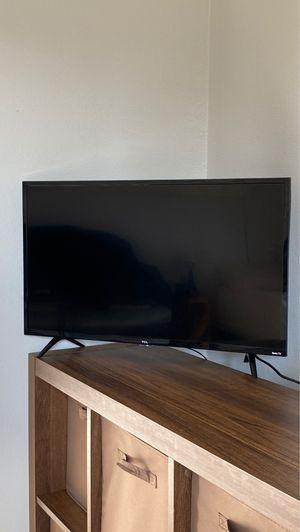 TCL Roku TV 32inch for Sale in La Habra, CA
