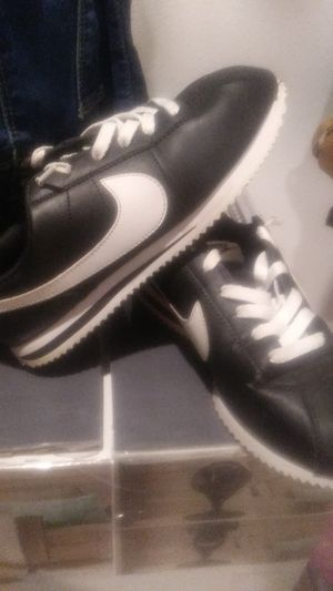 Shoes nikes an jordans size 6y -7y for Sale in West Covina, CA