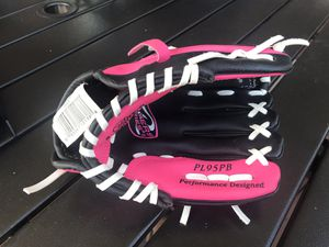Rawlings baseball glove for girls for Sale in North Royalton, OH