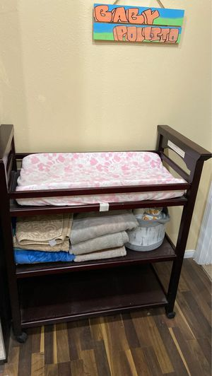 Changing table for Sale in Los Angeles, CA