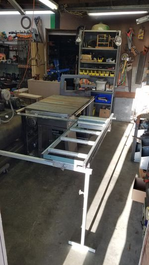 "Foremost 10"" belt drive table saw with sliding roller extension for Sale in Enumclaw, WA"