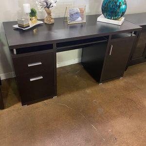 OFFICE DESK for Sale in Pleasanton, CA