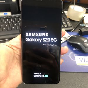Samsung Galaxy s20 5g, 128 gb unlocked, Excellent condition for Sale in Cambridge, MA