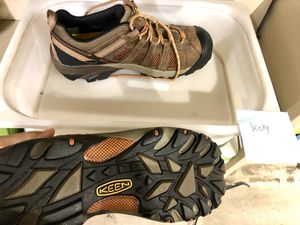 Keen hiking shoes waterproof brand new never worn size 11 boots Rei Patagonia yeti for Sale in West Los Angeles, CA