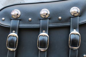 Indian Chief Motorcycle Genuine Leather Saddlebag (LH/RH Set) for Sale in Chandler, AZ