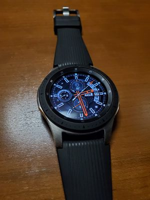 Silver Samsung Galaxy Watch 46mm for Sale in Fort Leonard Wood, MO