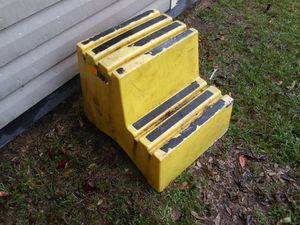 ITS A BIG 2 STEP LADDER MINE HOLDS YOUR TOOLS UNDER THE STEPS ITS FOR ALL KINDS OF PROJECTS NO CRACKS IN GREAT CONDITION I TAKE OFFERS for Sale in Wetumpka, AL