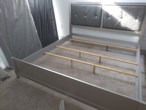 King bed frame brand new free delivery for Sale in Miramar, FL