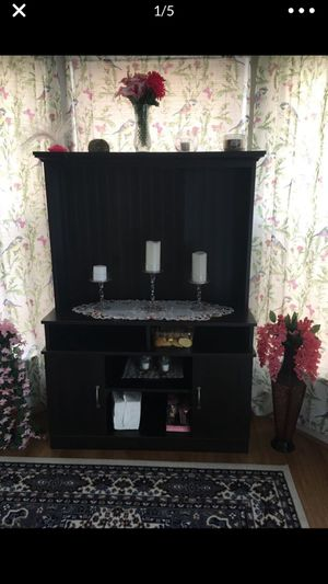 $10 tv stand in good condition for Sale in Herndon, VA