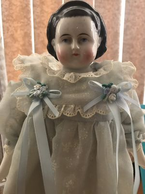 Antique Porcelain Doll - in California family for 4 generations ... for Sale in Lomita, CA