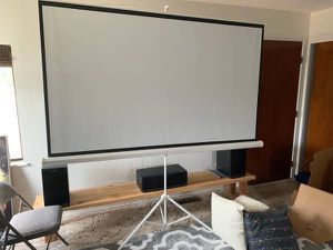 """92"""" Projector screen for Sale in South San Francisco, CA"""