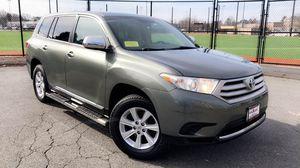 2013 Toyota Highlander for Sale in Malden, MA