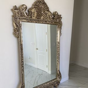 Antique Brass Gold Mirror for Sale in Los Angeles, CA