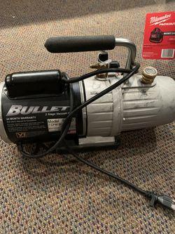 7-cfm bullett. Yellow jacket vacuum pump. Like new Hvac. Freon. Refrigerants. R-22 for Sale in Las Vegas,  NV
