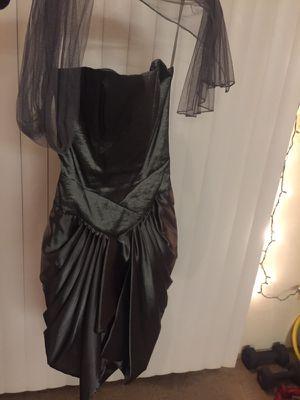 Beautiful Dress size 4 for Sale in Seattle, WA