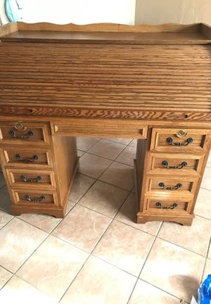 Desk for Sale in Caruthers, CA