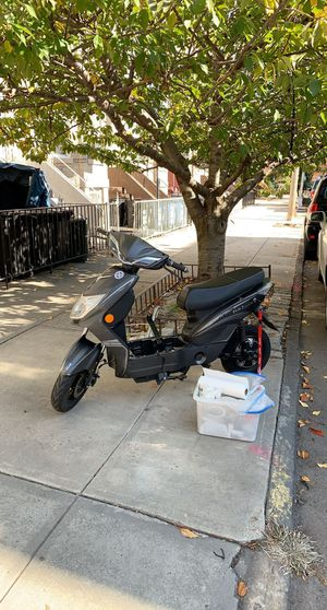 Fly-7 moped for Sale in Brooklyn, NY