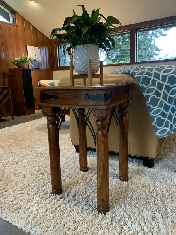 BEAUTIFUL 3-piece set: coffee table, end table, buffet / accent table