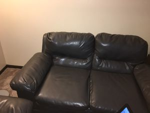 Couch for Sale in Columbus, OH