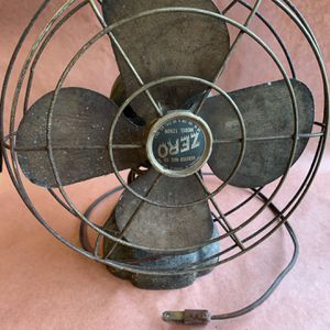 Antique vintage collectible Zero electric fan Model 1250R with metal blades for Sale in Downers Grove, IL