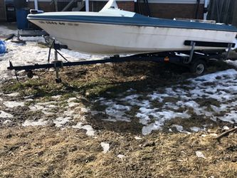 Free Boat/Trailer for Sale in Cleveland,  OH