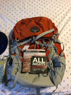 BRAND NEW OSPREY HIKING BACKPACKING LARGE 44L backpack orange TALON 44 for Sale in Rockville, MD