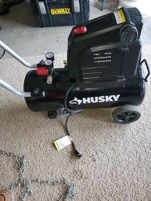 Husky air compressor 8 gallon for Sale in Tigard, OR